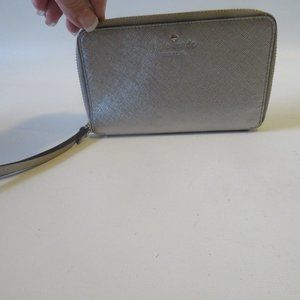 KATE SPADE ZIP AROUND LEATHER WRISTLET WALLET *